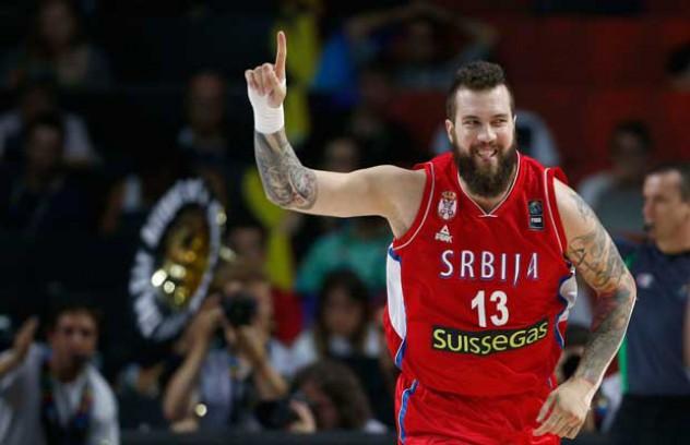 """Με """"πράσινους"""" πρωταγωνιστές η νίκη της Σερβίας κόντρα στην Σλοβενία"""