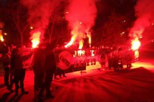 Χαμός σε όλο τον κόσμο για τη Θύρα 13! (pics)