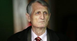 Το... ανέκδοτο του Γκιρτζίκη: «Υπερασπίζομαι το ποδόσφαιρο και θέλουν να με ρίξουν»