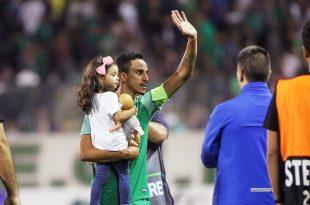 Δύο ξεχωριστές, «πράσινες» ευχές από τον Ζέκα! (Pic)
