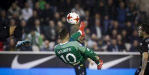 Παραλίγο να βάλει το γκολ της χρονιάς ο Μουνιέ! (vid)