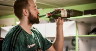 Το «πράσινο» πάρτι στα αποδυτήρια και το τετ-α-τετ Καλάθη - Δημήτρη (pics)