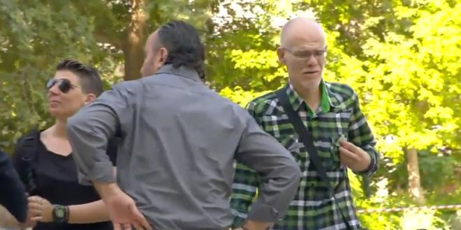 Στη Μητρόπολη ο Ντόκεν: «Σήμερα πενθούμε όλοι. Είμαι ένα από τα παιδιά του»