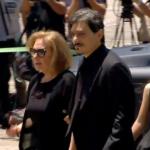 Συντετριμμένοι στη Μητρόπολη η κ. Δέσποινα και ο Δ. Γιαννακόπουλος (pics)