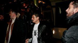 Με αποφασιστικό βλέμμα και ένα... dvd στο ΣΕΦ ο Δ. Γιαννακόπουλος! (pic)