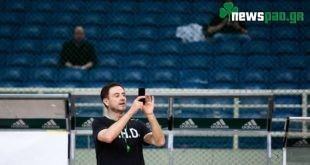 Απίστευτη σκηνή: Ο Πιτίνο βγάζει φωτογραφίες το άδειο ΟΑΚΑ (pics)