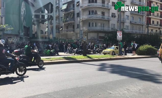 Οι πρώτες εικόνες από το συλλαλητήριο κατά του Αλαφούζου - Το φέιγ βολάν-μήνυμα