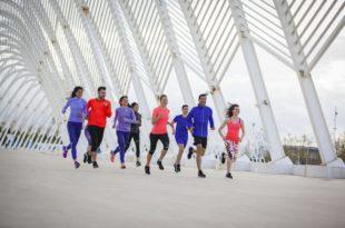 Πως μπορεί η άθληση να σας βοηθήσει να μείνετε σε φόρμα?