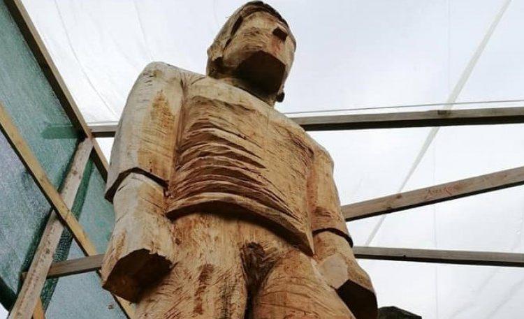 Στο κλειστό της Λεωφόρου το ξύλινο ομοίωμα του Καλαφάτη!