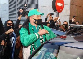 """Το """"no m@l@k@"""" του Μάριο Χεζόνια σε πρόστιμο για πάρκινγκ"""