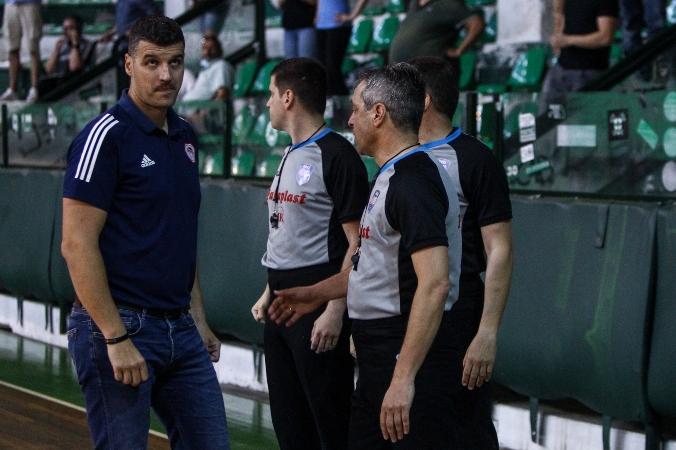 Παντελάκης: «Μας αντιμετώπισαν περίεργα οι διαιτητές - Δεν είναι η πρώτη φορά!»