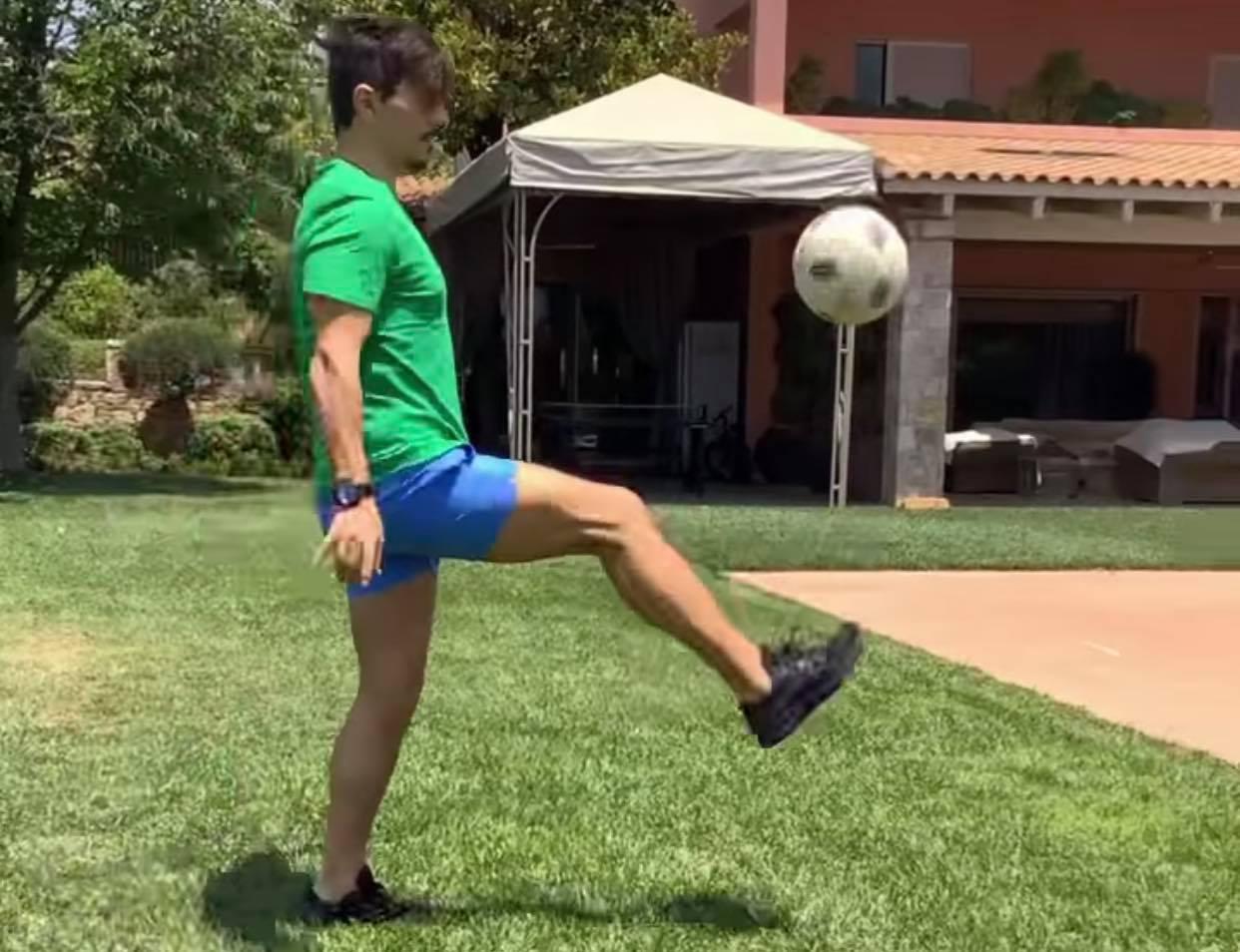 Καλύτερος και από ποδοσφαιριστή στα γκελάκια ο Γιαννακόπουλος (pics)