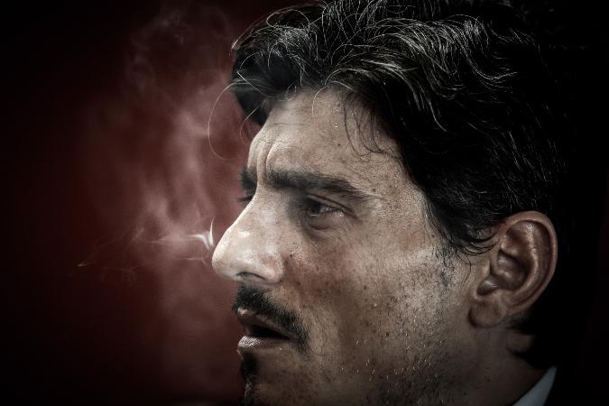 Θέλει να κόψει το τσιγάρο ο Γιαννακόπουλος! (pic)