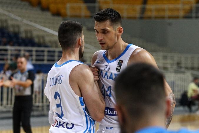 Ισοπεδωτικός Μήτογλου με double - double κόντρα στους Σέρβους