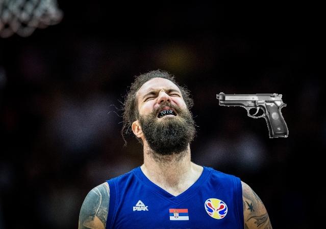 Απίστευτο: Βγήκε πιστόλι στον Ραντούλιτσα - Ο ίδιος τον αφόπλισε!
