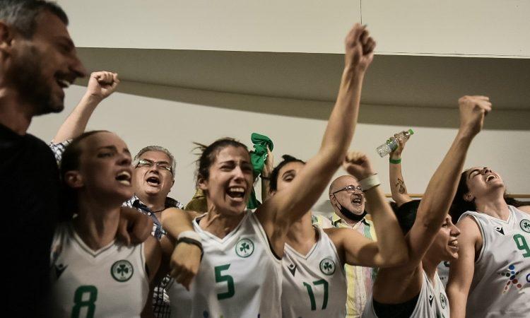 Μετά το «εξοχικό»... στη Μύκονο η αρχηγός των πρωταθλητριών! (pics)