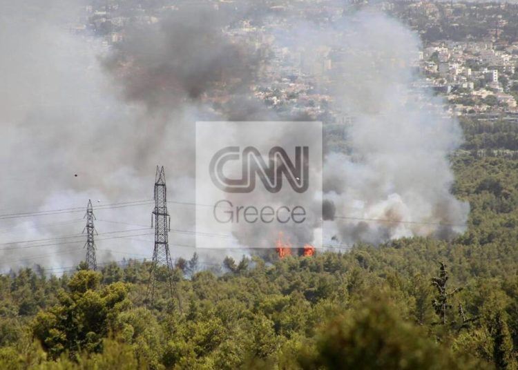 ΕΚΤΑΚΤΟ - Ξέσπασε πυρκαγιά δίπλα από τη ΒΙΑΝΕΞ