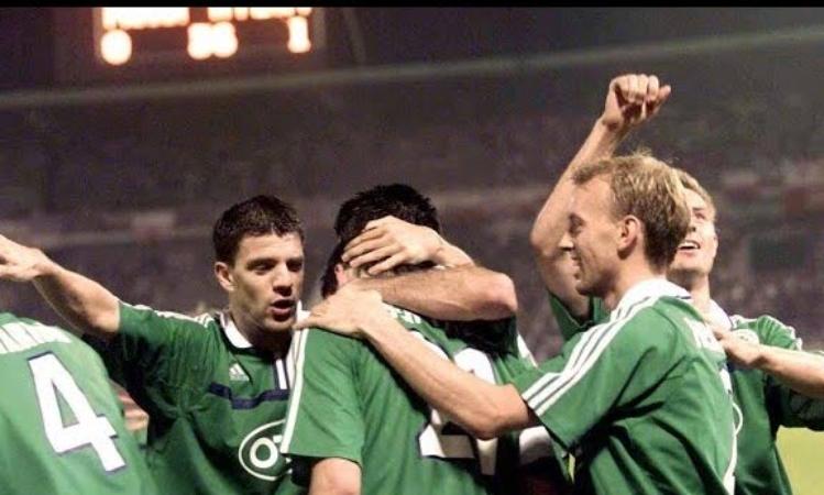Πριν από 20 χρόνια το «διπλό» του Panathinaikos στην Πράγα (vid)