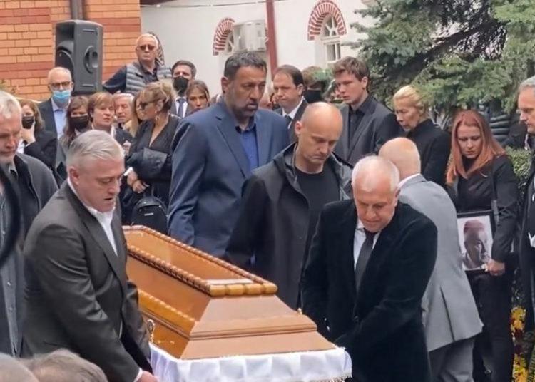 Ο Ομπράντοβιτς κουβάλησε το φέρετρο του Ίβκοβιτς!